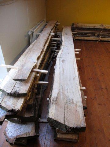 images/houtwerkplaatseikenplankendrogen.jpg